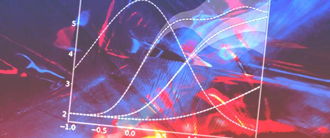 Hybrid Plasma/Molecular-Dynamics Approach for Efficient XFEL Radiation Damage Simulations